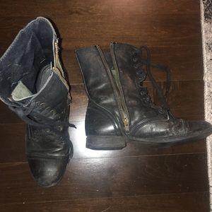 Steve Madden Combat Boots. Fits size 7.5/8